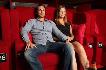 cinema vip stoelen