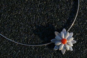Ketting zilveren bloem
