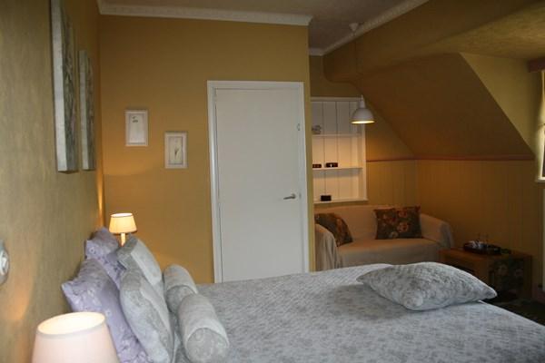 Slaapkamer kasteel geel