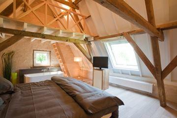 Luxe slaapkamer met bad
