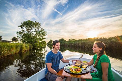 Varen en picknicken romantisch