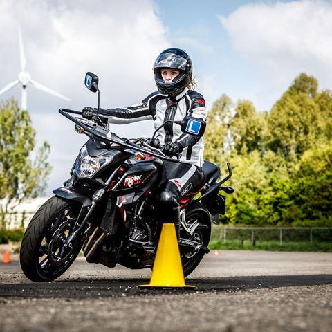 Osseforth motorrijden zonder rijbewijs
