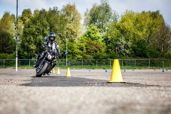 Oefeningen motorrijden