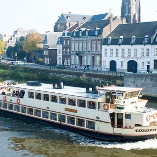 Varen over de Maas Rederij Stiphout
