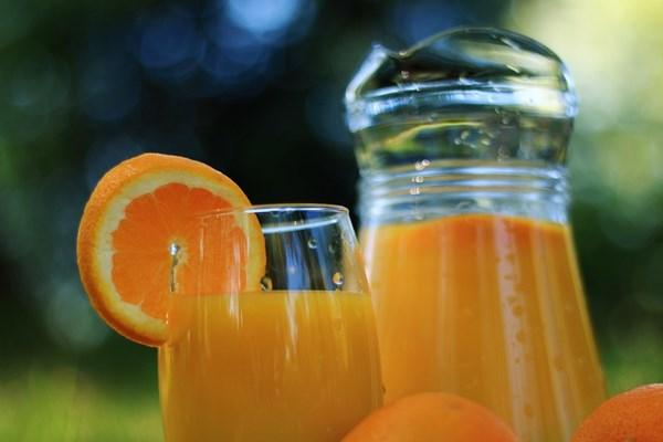 Verse Jus 'd orange bij ontbijt