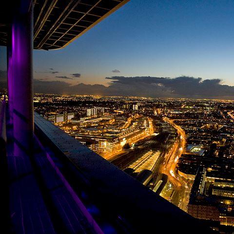Dineren op 135 meter hoogte Den Haag