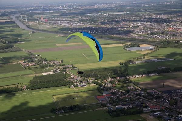 Uitzicht tijdens paragliden