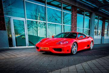 Ferrari 360 Modena rood