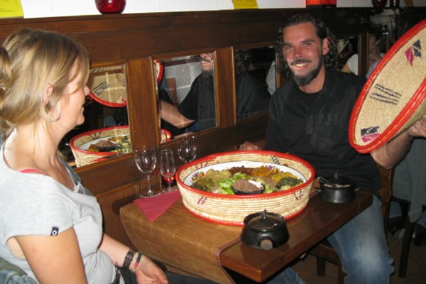 Samen Ethiopisch eten