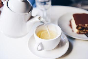 Thee en gebak