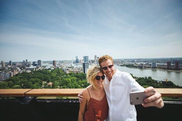 Uitzicht vanaf de Euromast over Rotterdam